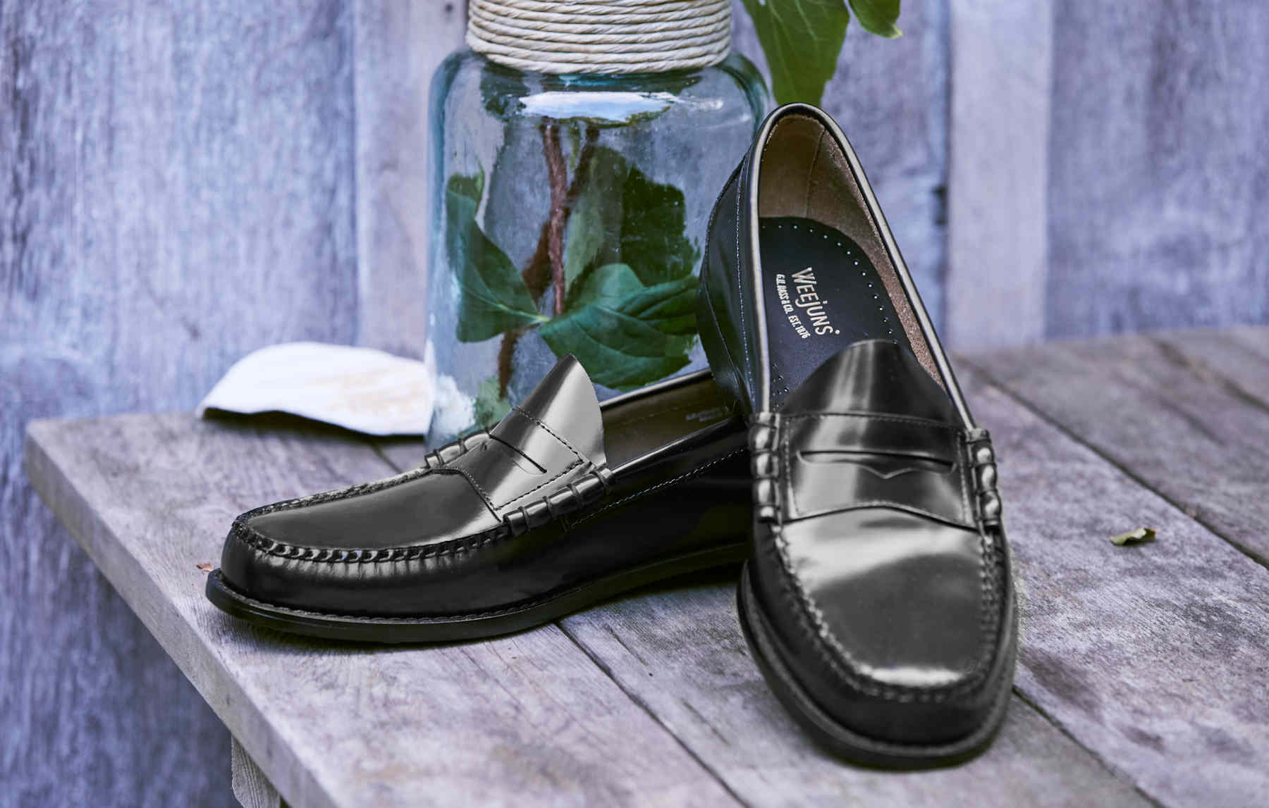 c275dc5ee85 Classic Mens Black Polished Larson Penny Loafers GH Bass Weejuns