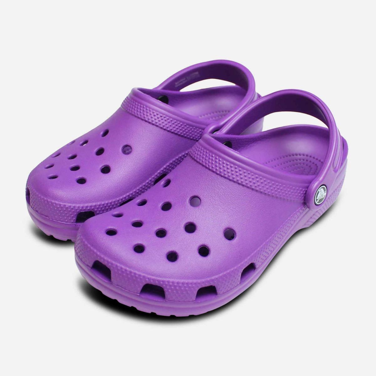 Crocs Womens Classic Clog in Neon
