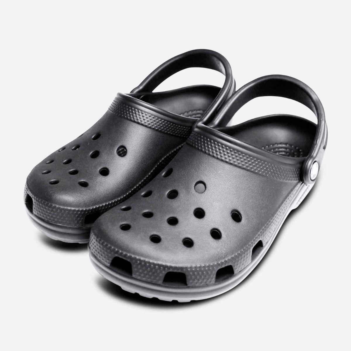 Crocs Classic Clogs in Black for Women