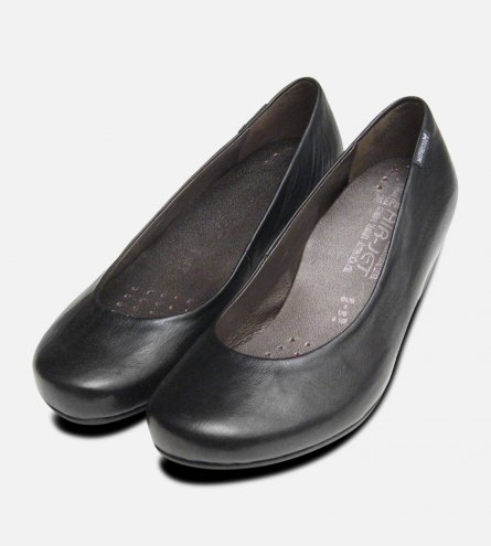 Mephisto Rosie Luxury Black Court Shoe