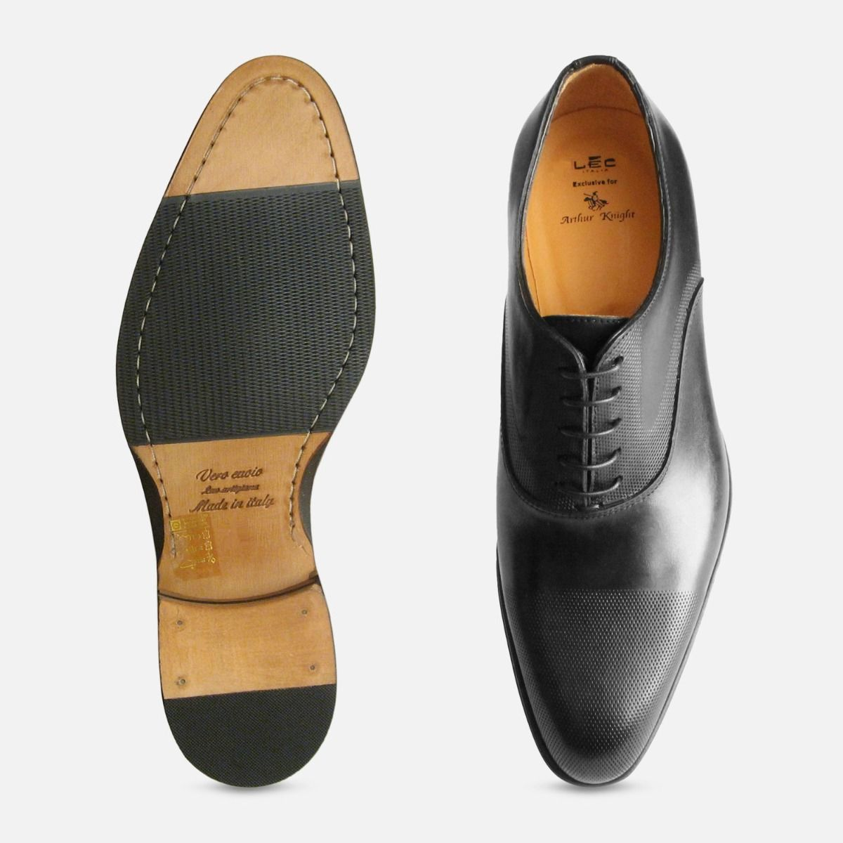Executive Black Oxford with Punched Cap Made in Italy