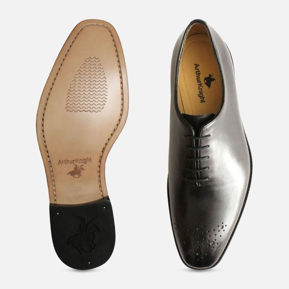 Wholecut Oxford Brogue Shoes in Black