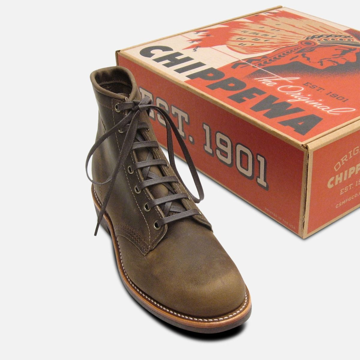 Crazyhorse Leather 1901M29 Chippewa Lace Up Boots with Vibram Sole