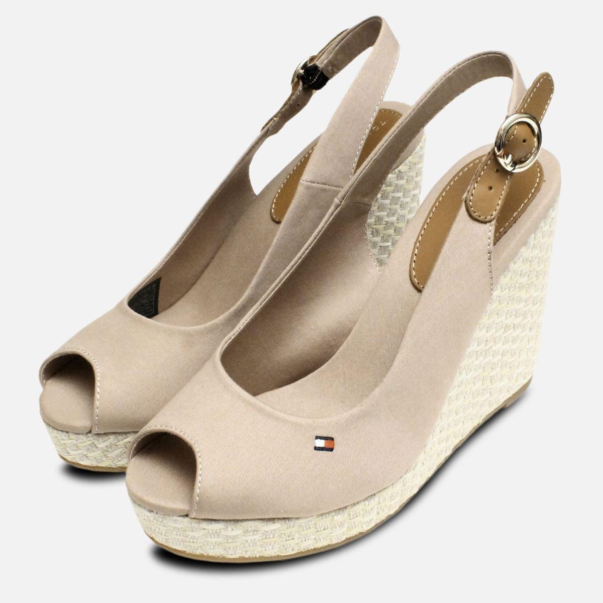 f8b4e7c56048 Tommy Hilfiger Elena Platform Sandals in Cobblestone
