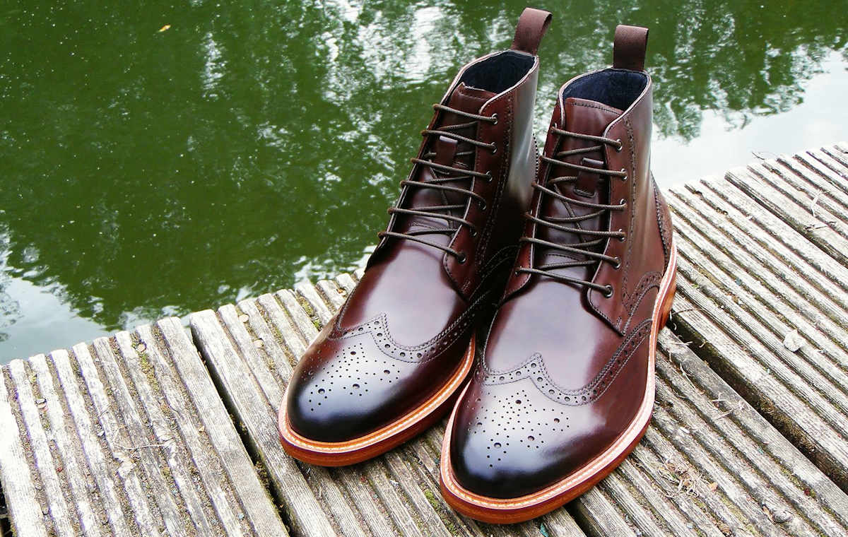 7096c939671 Premium John White Mens Country Brogue Boots in Brown